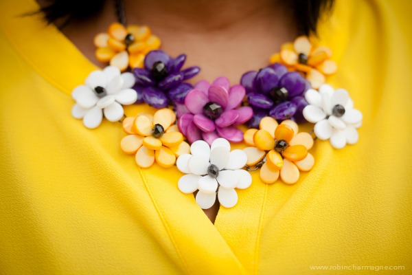 yellow-necklace-on-robincharmagne