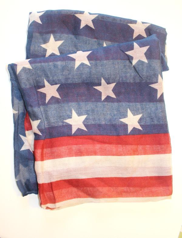 flag-scarf-robincharmagne