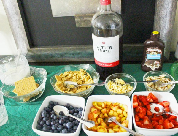 divas-and-desserts-with-sutter-home-red-moscato
