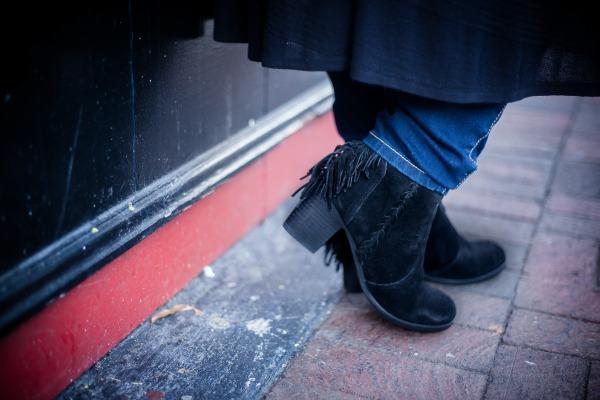 black-booties-with-fringe-robincharmagne